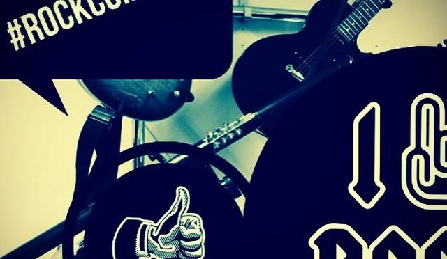 Instagram // Send en fotohilsen – #rockcompsvg